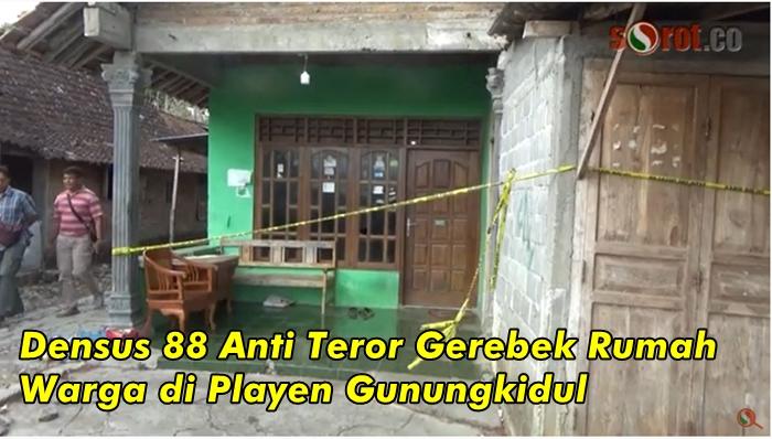 Densus 88 Anti Teror Gerebek Rumah Warga di Playen Gunungkidul